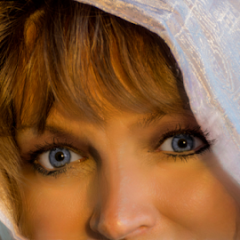 Bonnie by Shaun White - People Portraits of Women ( headshot, monochrome, canada, nova scotia, black and white, female, feminine, actress, eyes )