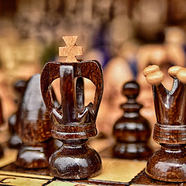 Royal Couple by Marco Bertamé - Artistic Objects Other Objects ( queen, crown, chess, brown, king, cross )