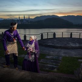 Senja by Mohd Faidzul - Wedding Bride & Groom