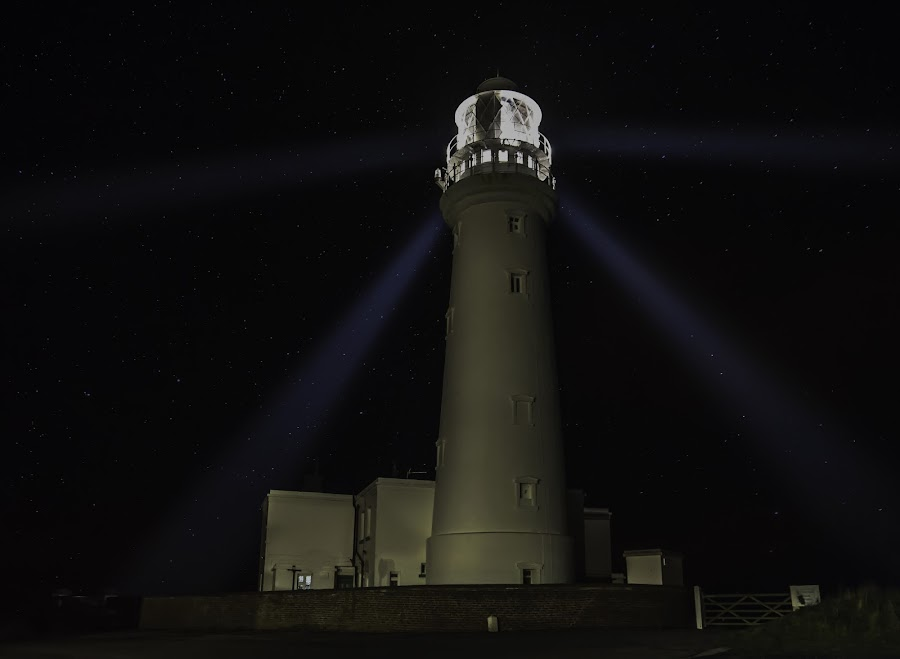 Flamborough head lighthouse by IansLense . - Buildings & Architecture Public & Historical (  )