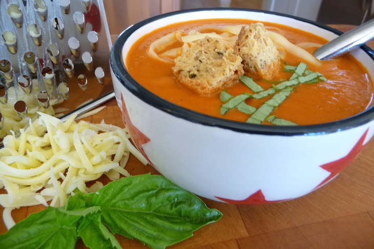 Creamy Tomato Soup with Garlic-Herb Croutons (GF, DF) Recipe | Yummly