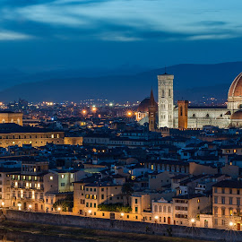 by Miroslav Havelka - City,  Street & Park  Night ( santa maria dela fiore, tuscany )