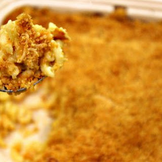 Yankee Doodle Dandy Baked Macaroni and Cheese