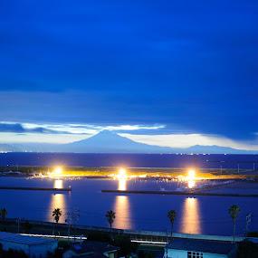 deep morning by Kusuma Bingung - Landscapes Sunsets & Sunrises