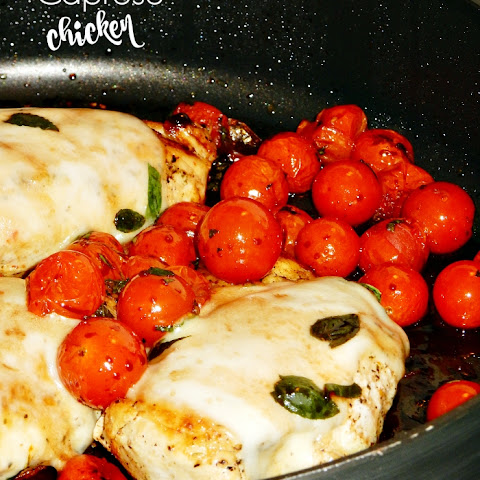 30-Minute Skillet Caprese Chicken
