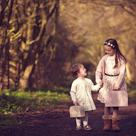 Emily & Olivia by Claire Conybeare - Chinchilla Photography - Babies & Children Children Candids