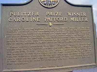 Baxley´s Caroline Pafford Miller (1903-1992) was the first Georgia novelist to be awarded the Pulitzer Prize for Literature. The author was born in Waycross and spent her formative years in the South ...