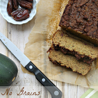 5 Minute Zucchini Blender Bread (No Grains, No Added Sugar)