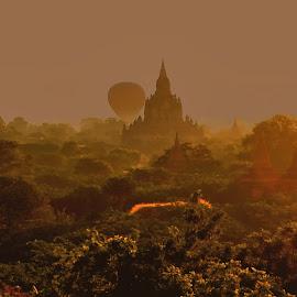 Sunrise in Bagan by Tomasz Budziak - Landscapes Sunsets & Sunrises ( myanmar, asia, sunrise, landscapes, burma )
