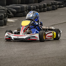 by Peter Knowles - Sports & Fitness Motorsports