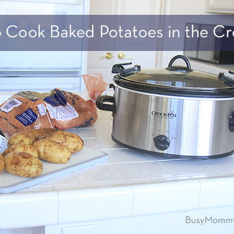 How to Cook Baked Potatoes in the Crockpot
