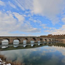 Selçuklu Murat Körüsü by Veli Toluay - Buildings & Architecture Bridges & Suspended Structures ( murat k, selçuklu murat k )