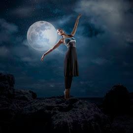 Moonlight Ballerina by Daniel Farjoun - Digital Art People ( night, ballet, ballerina, dance, moonlight )