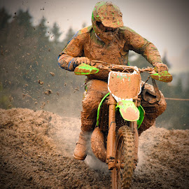 Accelerating by Marco Bertamé - Sports & Fitness Motorsports ( mud, rainy, motocross, clumps, race, accelerating, competition )