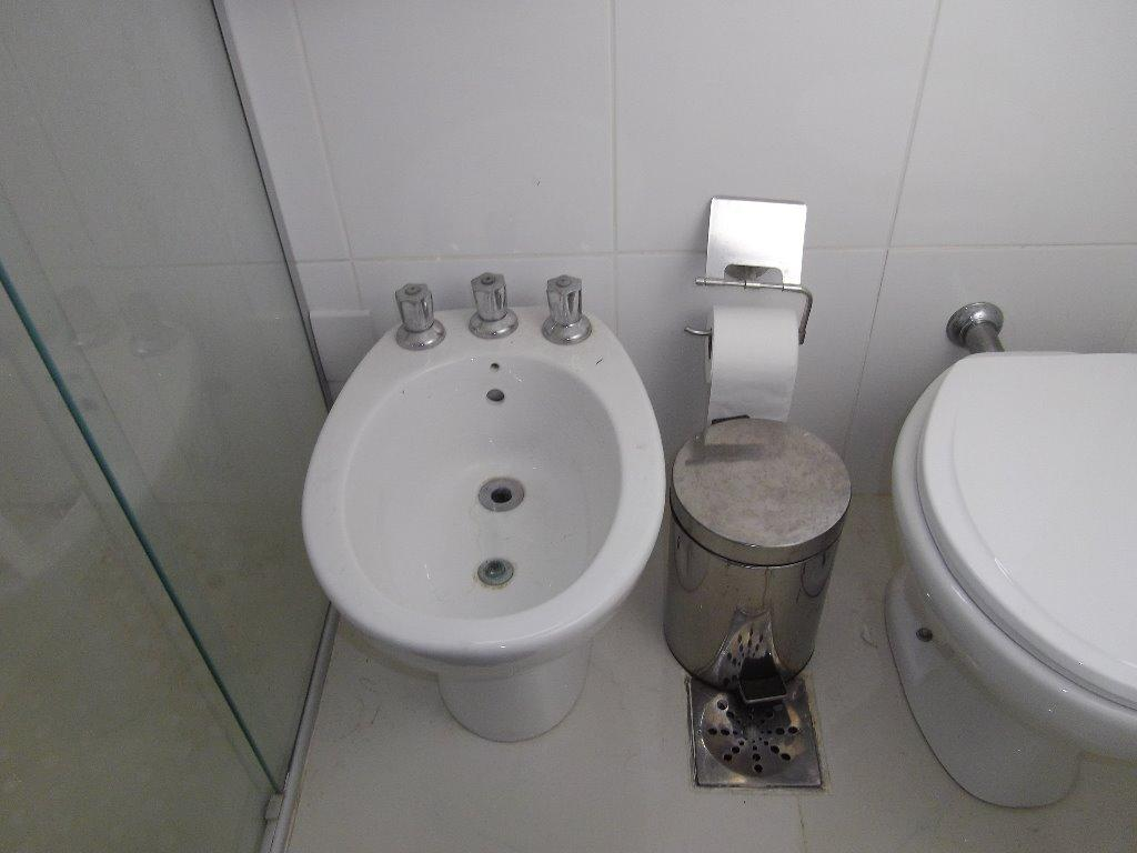 Apartamento de 2 dormitórios à venda em Cambuí, Campinas - SP
