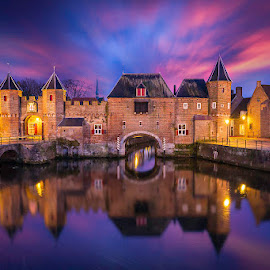 Koppelpoort Amersfoort by Albert Dros - Buildings & Architecture Public & Historical ( amersfoort, nederland, sunset, blue hour, koppelpoort, twilight, castles, dutch, night, historical, gates, netherlands )