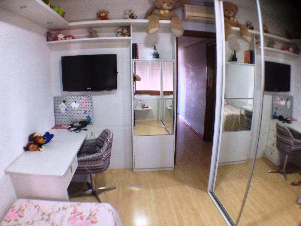Apartamento de 4 dormitórios à venda em Santana, Porto Alegre - RS