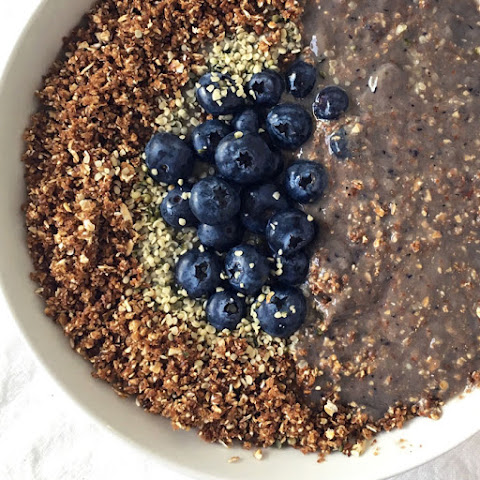 Vegan Blueberry Cheesecake Smoothie Bowl