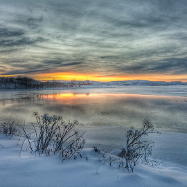 Winter shot in Iceland by Asgeir Ingvarsson - Landscapes Sunsets & Sunrises ( winter, snow, lake, house, sunrise )