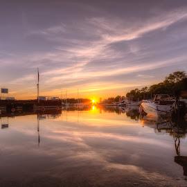 Setting Sun... by Bojan Bilas - City,  Street & Park  Vistas