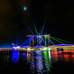 Laser show @ Marina Bay Sands by Sigit Setiawan - Landscapes Travel ( laser show, marina bay sands, singapore, nightscape )