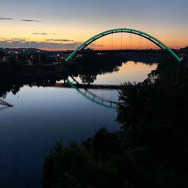 Cumberland River at Nashville by Mary Phelps - Instagram & Mobile iPhone ( sunrise, nashville, tennessee, cumberland river, bridge, iphone )
