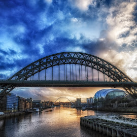 Sunrise Over The Tyne by Adam Lang - Buildings & Architecture Bridges & Suspended Structures ( sky, tyne, gateshead, newcastle, sunrise, river )