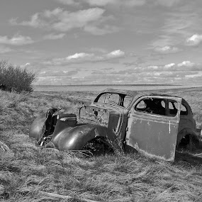 Abandoned Car by James Oviatt - Black & White Objects & Still Life