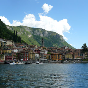 Varenna by Helen Choupliak - Landscapes Travel
