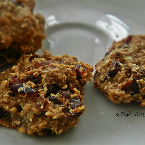 Vegan Oatmeal Banana Cookies