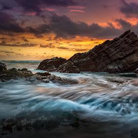 Never give up by Safrudin Fathan - Landscapes Sunsets & Sunrises ( waves, sunset, seascape, cibobos, landscape, rocks )