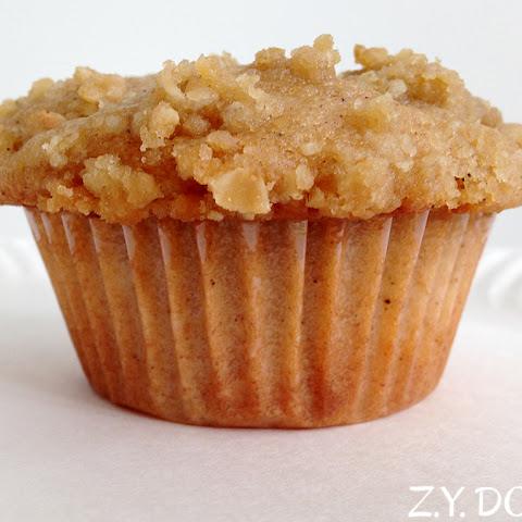 Perfect Plump Peach Muffins with Crumb Topping