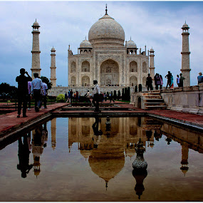 Reflection....... always say true by Baidyanath Arya - Buildings & Architecture Statues & Monuments ( pwcarcreflections, taj )