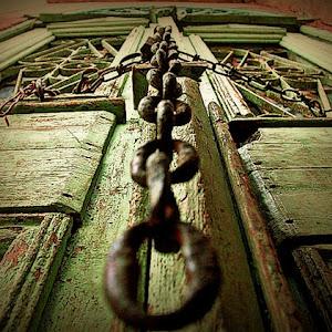 chain door af.jpg