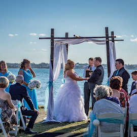 The Lighthouse Cleveland, Queensland AUS by Jodie Graham - Wedding Ceremony ( queensland, wedding, beach, celebration, ceremony )