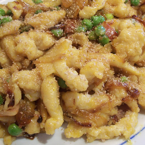 Spaetzle with Caramelised Onions, Bacon and Cheese