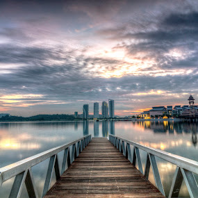 Sunrise @ Putrajaya Water Sport Complex by Zack Zaidi - Landscapes Sunsets & Sunrises ( water sport, waterscape, putrajaya, malaysia, sunrise, bridge )