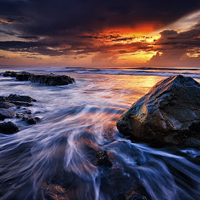 Manyar Menggelegar by Eggy Sayoga - Landscapes Beaches ( bali, dawn, indonesia, wave, beach, sunrise, motion )