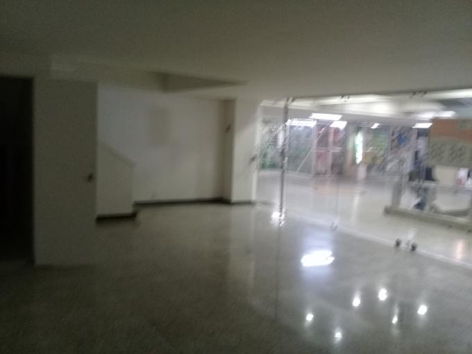 locales en arriendo centro 594-11256