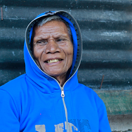 ps beuis by Ronny W Tanjung - People Portraits of Men ( old, village, blue, oldman, men, smile )