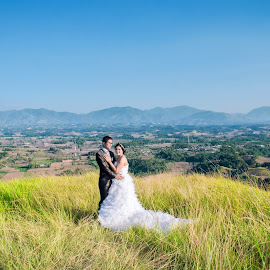 ady n efa by Kriswanto Ginting's - Wedding Bride & Groom