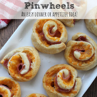 Easy Dinner Idea | Ham and Cheese Pinwheels