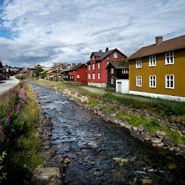 Røros by Kristinn Gudlaugsson - Buildings & Architecture Other Exteriors ( røros, old houses, norway )