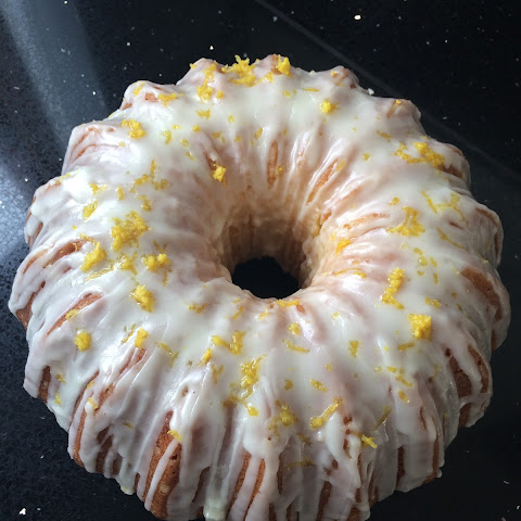 Beginners bundt – Lemon drizzle