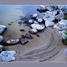 Sand and stons by Kristinn Gudlaugsson - Nature Up Close Sand ( femund, natur, landscape, stenar )