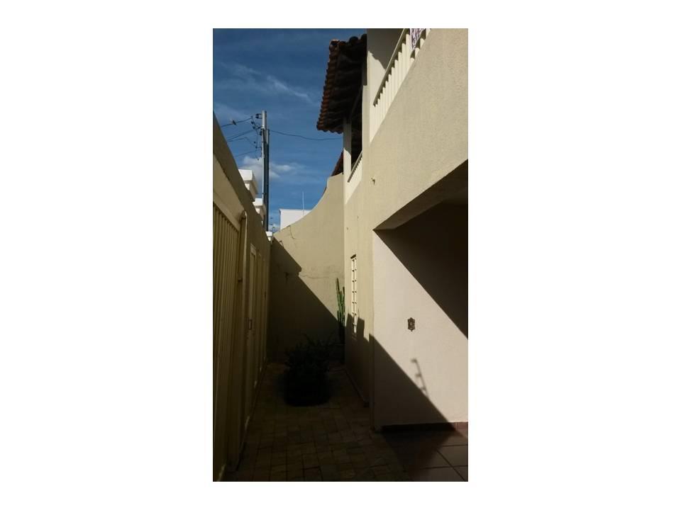 Casa residencial à venda, Fabrício, Uberaba - CA1143. de Vínculo Imóveis.'