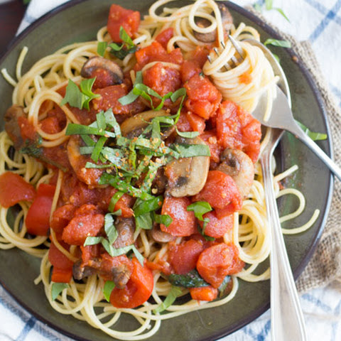 Spaghetti All'arrabbiata with Mushrooms and Bell Peppers