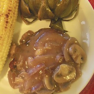 Red Wine Onion & Mushroom Smothered Steak