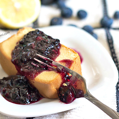 Blueberry Lemon Dessert Sauce {Water Bath Canning Recipe}