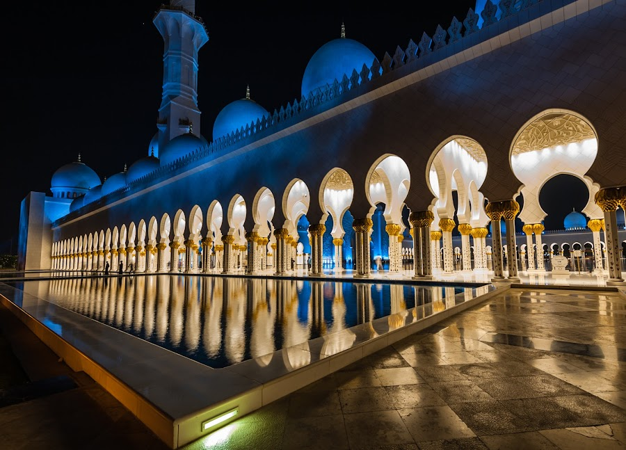 sheikh zaied mosque by Sanjoy Sengupta - Buildings & Architecture Places of Worship ( sheikh zaied mosque, nikon 14-24mm, abu dhabi, long exposure, nikon, nikon mea, night shot,  )